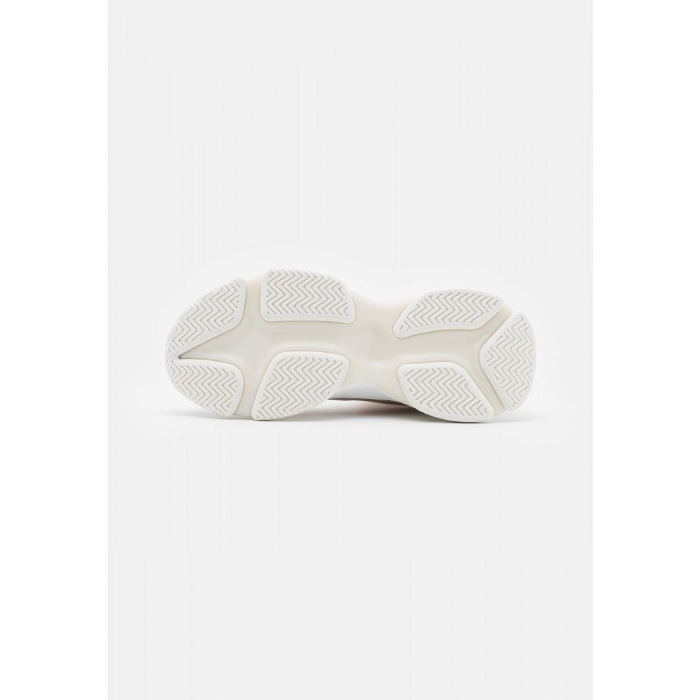 MAESTROSneakershigh-01