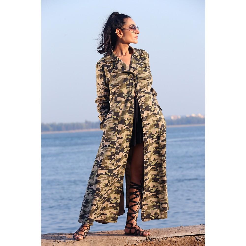 Camouflage frakke