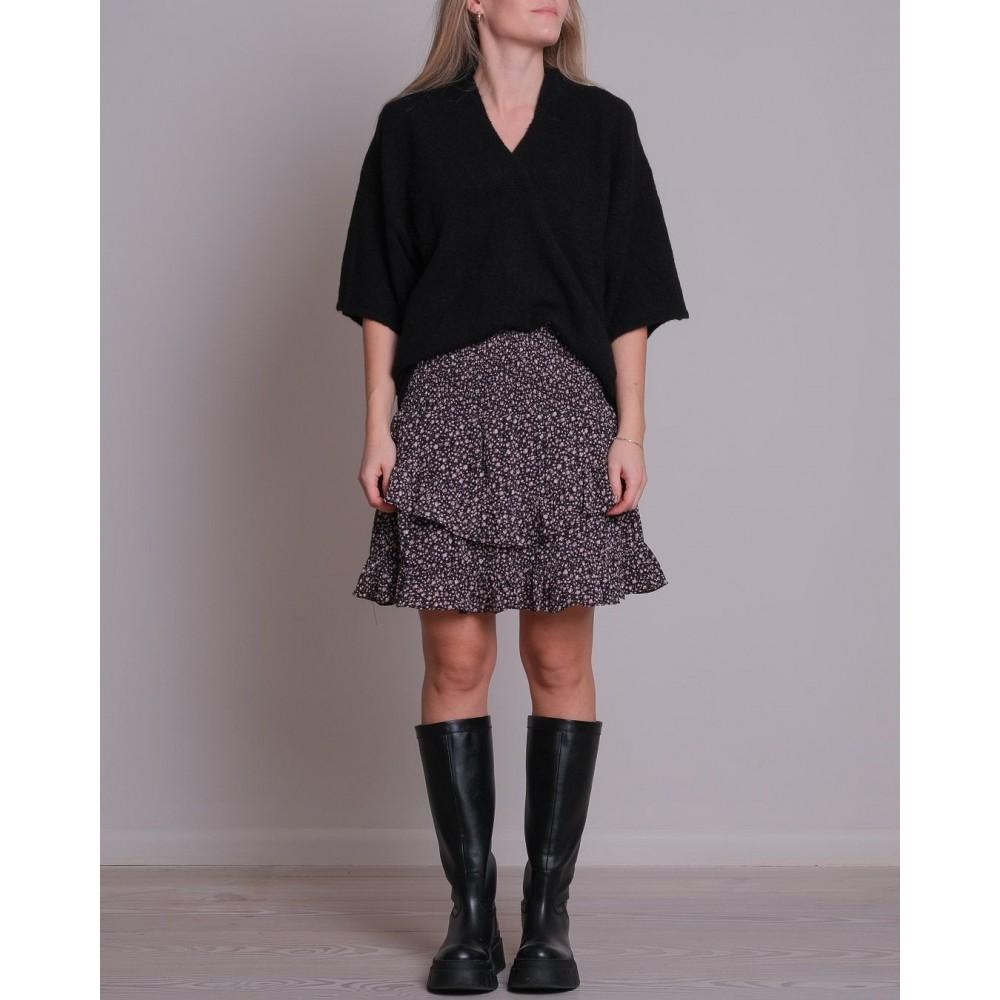 Kally knit blouse - black