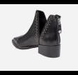Epyr black leather
